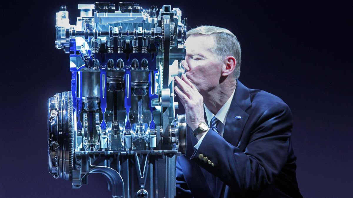 Tiny Ford Ecoboost motor wins 11th 'engine of the year' gong